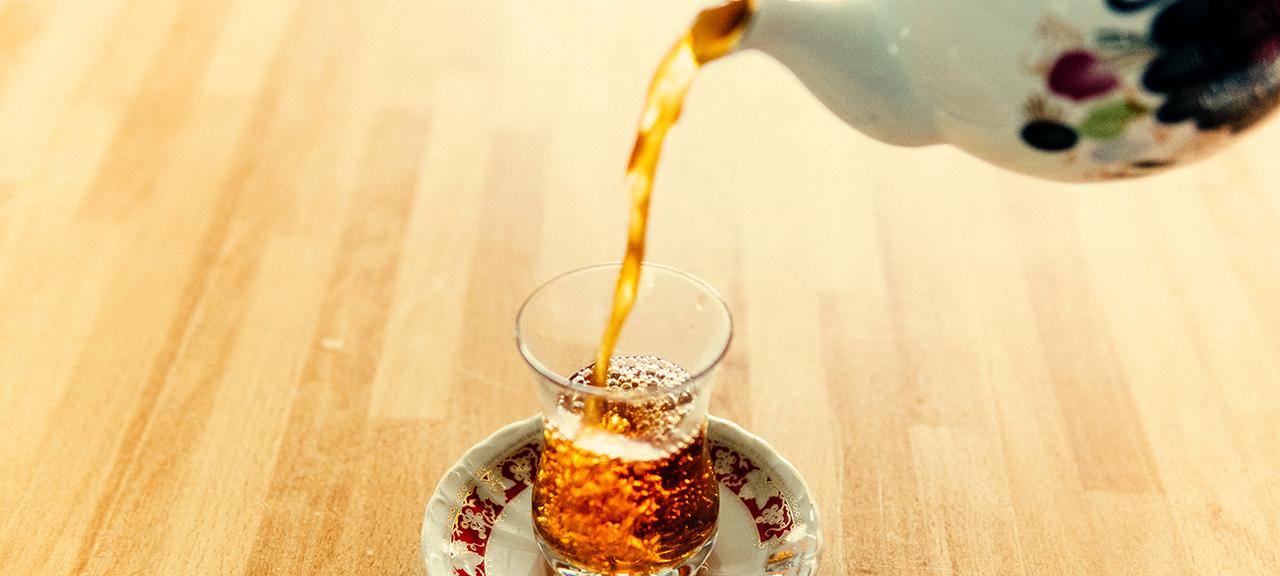 Target | Os ingleses e o chá: a origem da tradição.